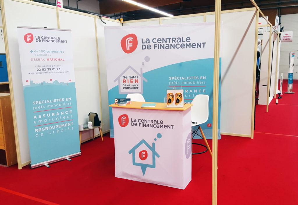 SIGNALETIQUE-LCF-standsalon-1 - 1 Noiseau à Paris - Graphiste illustratrice Webdesigner Val de Marne